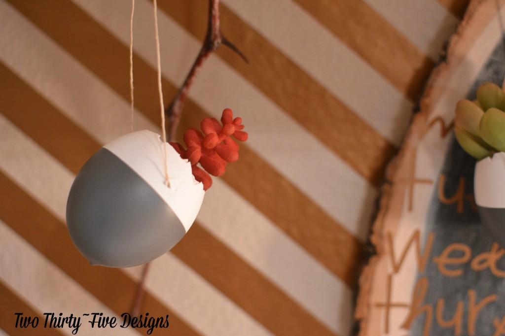 DIY Dipped Egg Shell Succulent Wall Garden TwoThirtyFiveDesigns.com