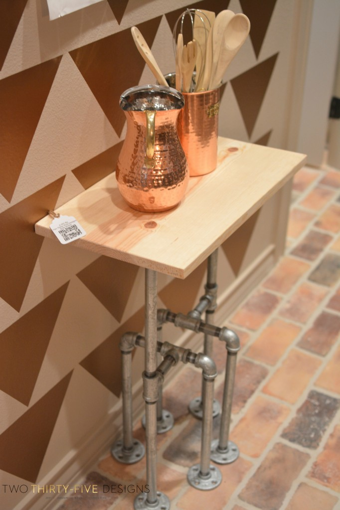 SideTable by TwoThirtyFiveDesigns