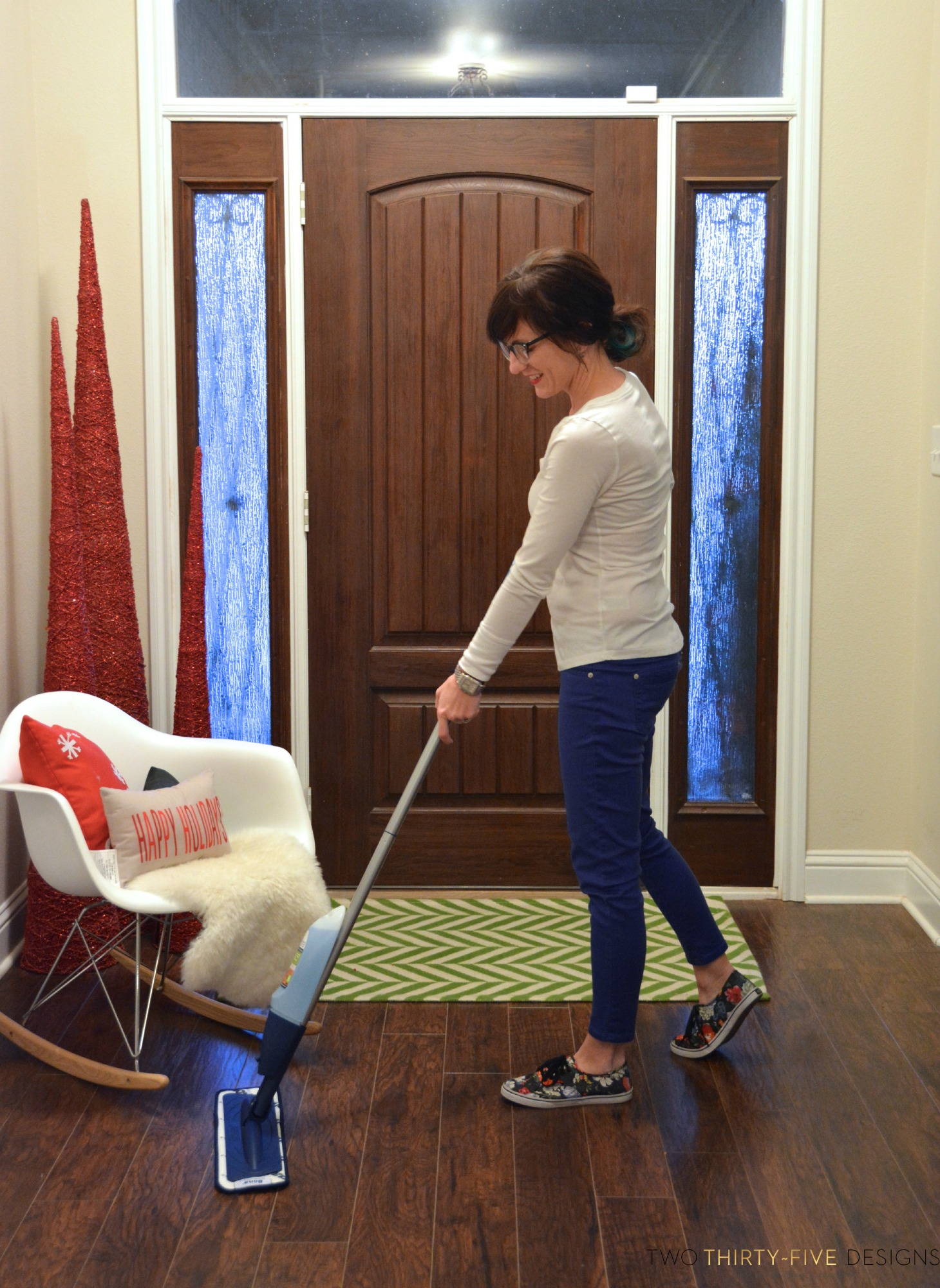 Simple Ways To Be Guest Ready For The Holidays With Bona Hardwood Floor Cleaner