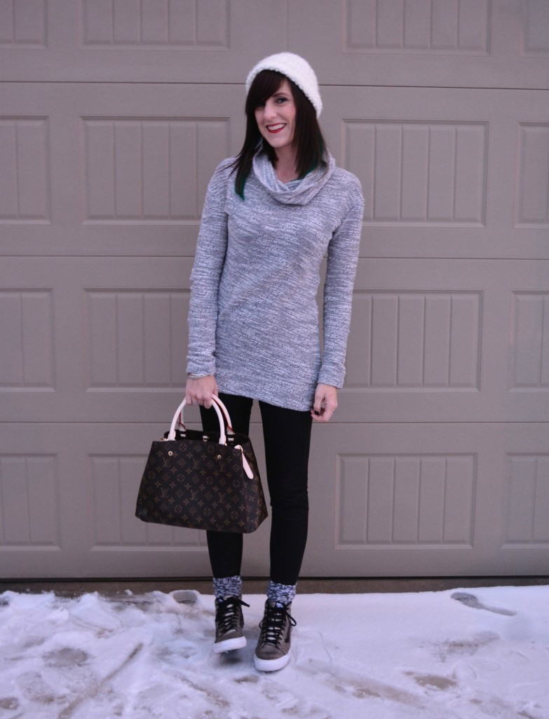 Casual Friday Link up by Two Thirty Five Designs with @forever21, @target, @kendrascott, @johnhardy, @vans, @louisvuitton
