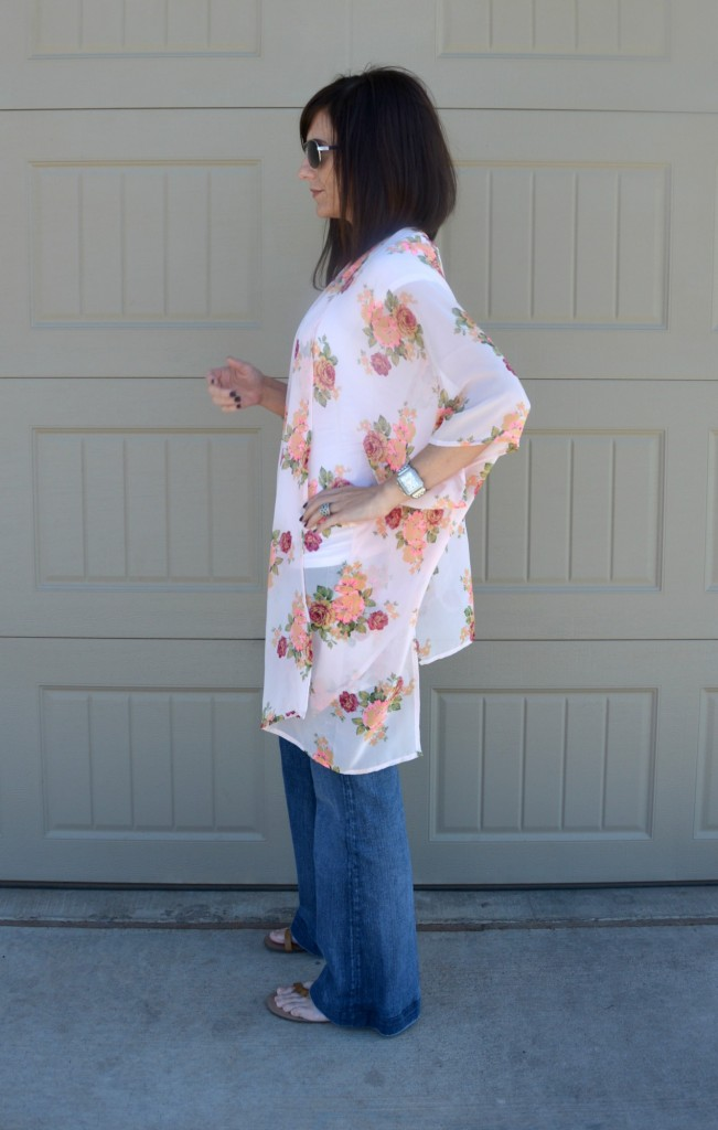 Casual Friday Link Up - Kimono's & Bell Jeans 3