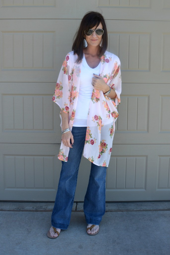 Casual Friday Link Up - Kimono's & Bell Jeans 4