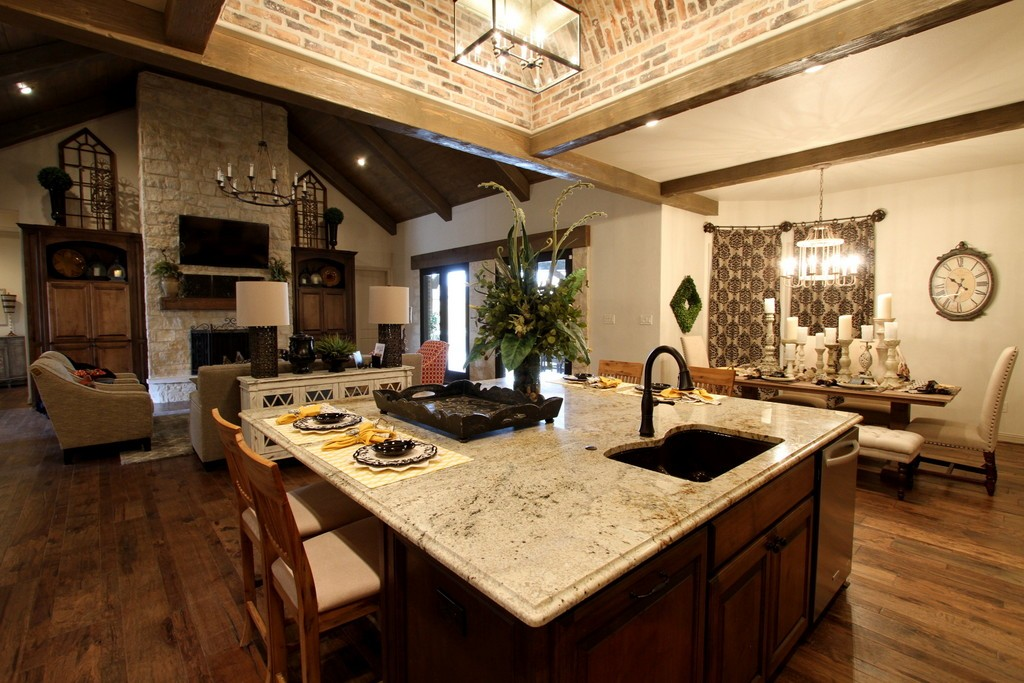 2014 Parade Home Tour - Kitchen