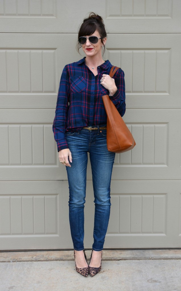 Casual Friday Link Up for Fall Style:  Skinnies and Tote from @madewell, plaid shirt from @shopfrancescas, leopard heels from @target